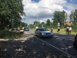 Очевидцы: Под Балтийском на трассе погиб мотоциклист, движение по дороге заблокировано