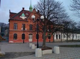 В районе променада в Зеленоградске реконструируют здание водолечебницы под гостиничный комплекс
