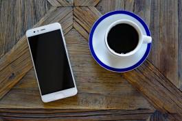 Новый телефон вместо заграничного путешествия: какие смартфоны выбирают калининградцы