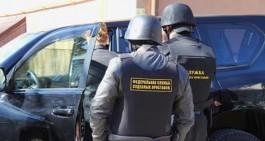 Приставы арестовали в Калининграде «Ленд Крузер» госпредприятия за долги