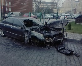 Ночью на Липовой аллее в Калининграде горел «Мерседес»