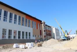 Ярошук: Новая школа на Острове построена на 60%