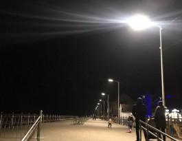 На променаде в Зеленоградске установили новые светильники