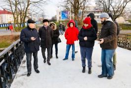 «Мойте ноги перед мостом»: как активисты и чиновники спорили из-за благоустройства Нижнего озера