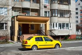 В Калининграде водитель такси обокрал пассажирку, пока она спала