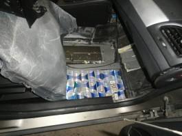 Жительница региона пыталась вывезти в Литву 2400 пачек контрабандных сигарет