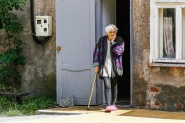 Калининградцев с хроническими заболеваниями призывают «не рисковать и оставаться дома»