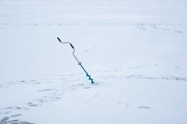 В выходные в Калининградской области четверо рыбаков провалились под лёд