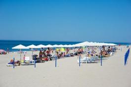 За лето Янтарный заработал на пляжной инфраструктуре 6,8 млн рублей