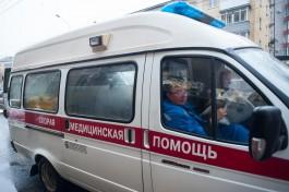 В Калининграде в маршрутке разбилась крышка люка: пострадал пассажир