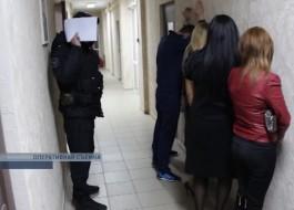 В калининградской сауне задержали проституток из Москвы