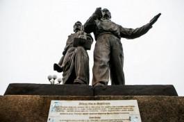 Советские скульптуры с Зелёного моста в Вильнюсе хотят передать музею