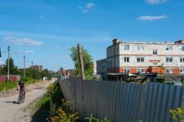 «Зависший квартал»: дольщики ЖК у аэродрома Девау до сих пор не получили свои квартиры