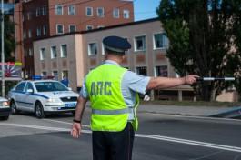 СК: Замкомандира ОБ ДПС заключили под стражу за мошенничество по ОСАГО в Калининграде