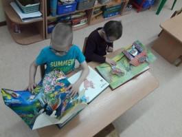 «Автотор» подарил детям с нарушением зрения из Калининграда уникальные развивающие книги