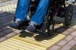 «Езда с препятствиями»: организация инвалидов проверила качество ремонта дороги на улице Павлова