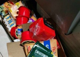 Таможенники изъяли в ТЦ на Челнокова в Калининграде 35 кг санкционных продуктов