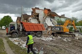 Для строительства Восточной эстакады в Калининграде сносят элитный таунхаус