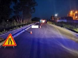 В Багратионовском округе автомобиль задавил лежащую на дороге женщину и скрылся