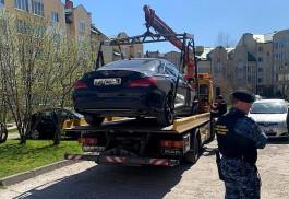 Приставы арестовали в Зеленоградске «Мерседес» калининградца за 165 штрафов за превышение скорости