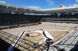 На поле стадиона к ЧМ-2018 в Калининграде приступили к устройству дренажа