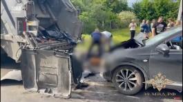 Под Славском «Ниссан» насмерть сбил грузчика и водителя мусоровоза