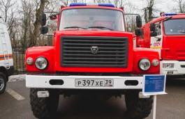 Ночью из горящего дома в Гурьевском округе спасли троих детей
