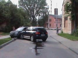 В Балтийске водитель «Шевроле» устроила двойное ДТП