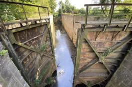 Общественники попросили признать памятником нижний шлюз Мазурского канала под Правдинском