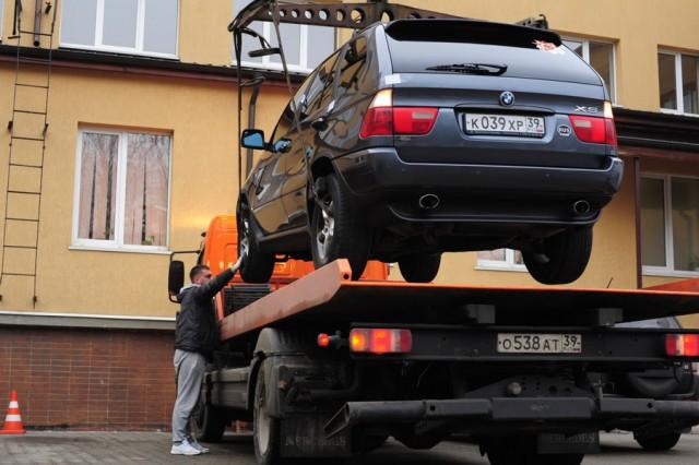 Калининградцы сдорогими машинами реже выплачивают транспортный налоговый сбор