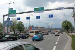 В Польше полиция усилила контроль за водителями, которые говорят по телефону за рулём