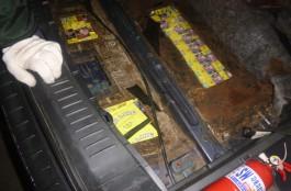 Калининградец пытался вывезти в Литву 1,5 тысячи пачек сигарет в тайниках автомобиля